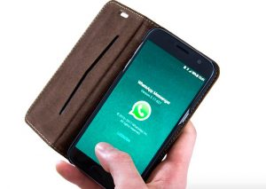 Añadir a alguien a un grupo de WhatsApp sin su permiso es ilegal