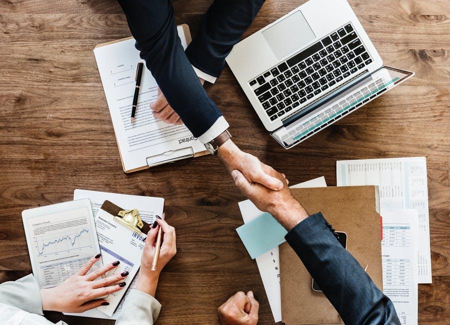 ¿Qué es un contrato TRADE?